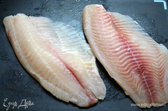 Филе рыбки помыть, обсушить.