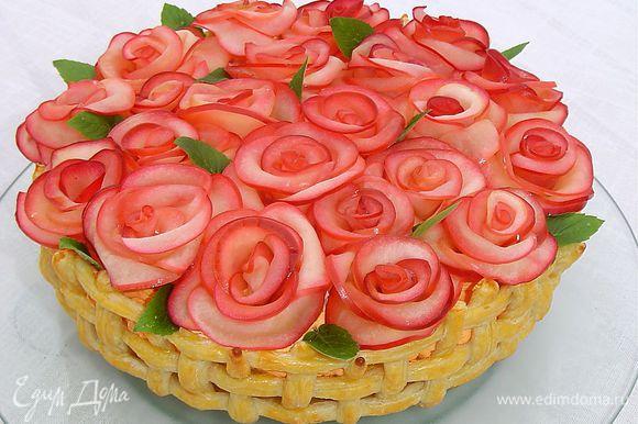 Ну вот, праздничный торт готов! Еще раз примите мои поздравления!