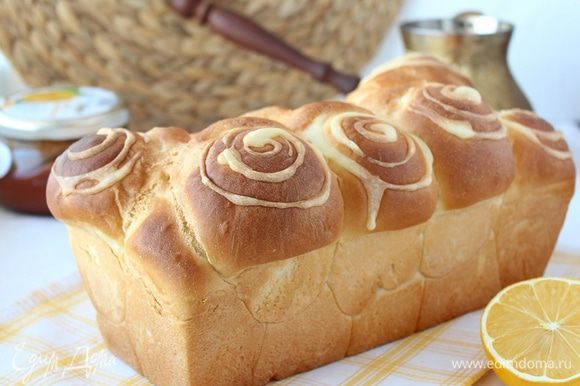 Отправляем хлеб обратно в духовку минут на 20.
