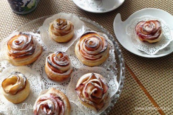Вот такие розочки из тыквы и яблок я подавала к сегодняшнему завтраку :) Быстрый, без лишних хлопот десерт на завтрак!!!