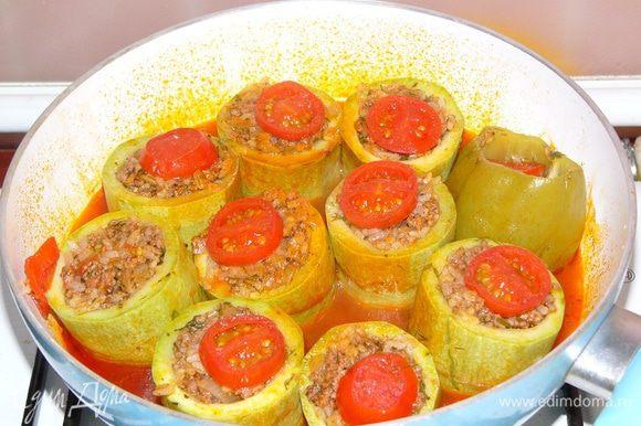 """Можно сделать """"шапочки"""" из помидоров или лимона. Через 40 минут блюдо готово!"""