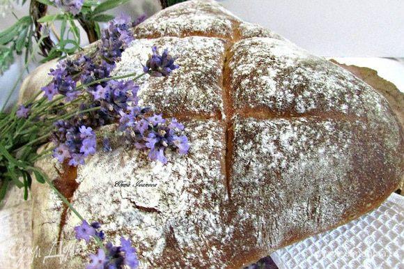 Хлебу дать остыть.