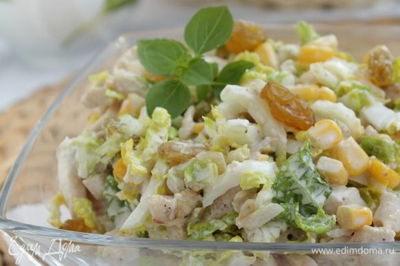 Салат с курицей рецепт с готовим дома