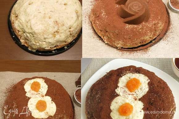 Выкладываем оставшийся бисквит и крем, формируем торт. Украшаем: кладем формочки на торт и посыпаем его какао, снимаем формы, получается рисунок, выкладываем мармелад. Даем торту пропитаться. приятного аппетита!