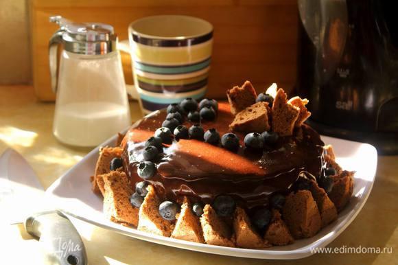И вот он, торт для праздника.