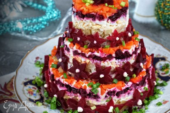 Торт-салат готов!