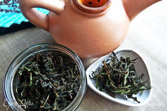 Завариваем иван-чай, собранный летом.