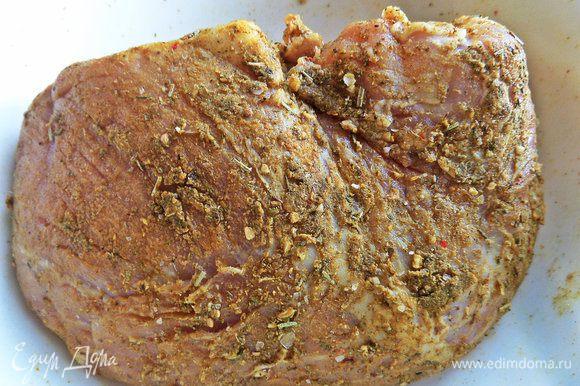 Мясо пока отложить в сторонку.