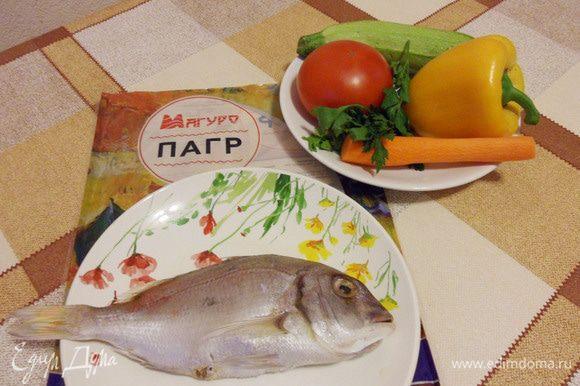 Рыбу почистить, выпотрошить.