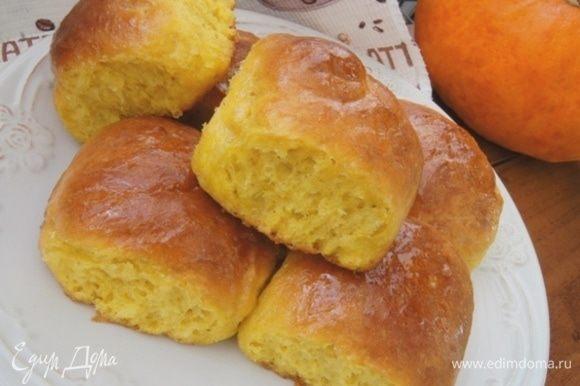 Яркие и вкусные, внутри они не слишком сладкие, а сверху ароматно-медовые.