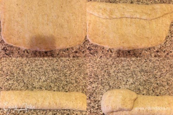 Спустя указанное время переносим тесто на рабочую поверхность, растягиваем его аккуратно, затем сворачиваем три раза.