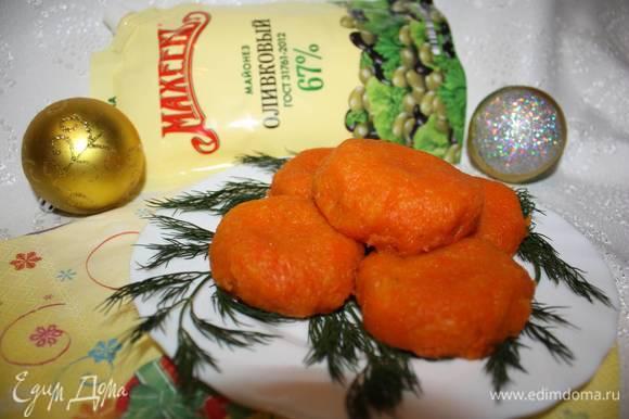 Перед подачей отправляем «мандаринки» в разогретую духовку или в микроволновую печь, чтобы сыр расплавился. Приятного аппетита!