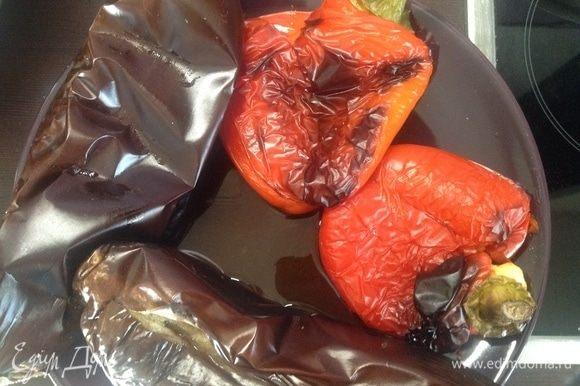 Целиком кладем в разогретую до 250°С духовку (на противень с пергаментом), через 35–40 минут достаем.