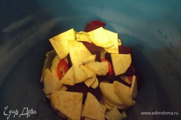 После — сельдерей. Опять свекла, и так до окончания ингредиентов.
