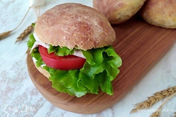 Кушать вместо хлеба или в качестве булочки для бургера. Приятного!