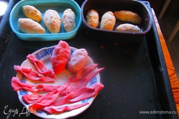 А позавтракать можно сладкими цеппелинами! Разогревать их можно. Но, конечно, сразу приготовленные вкуснее!