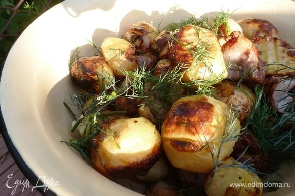 Подавать с зеленью и овощами к мясному шашлыку, или ешьте просто так! Приятного аппетита!