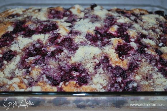 Пирог получается нежный и вкусный. Приятного аппетита.