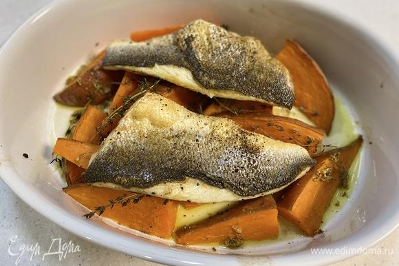 Поставить блюдо в духовку на 4–5 минут под гриль.
