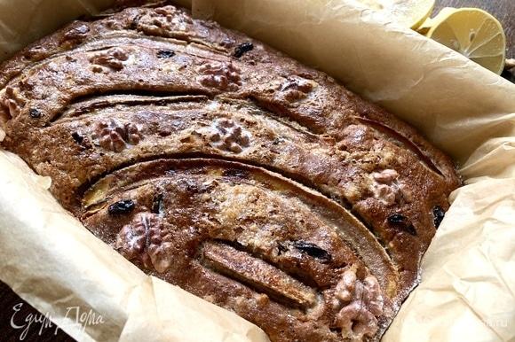 Корочка очень красивая, а аромат пирога — на весь дом!