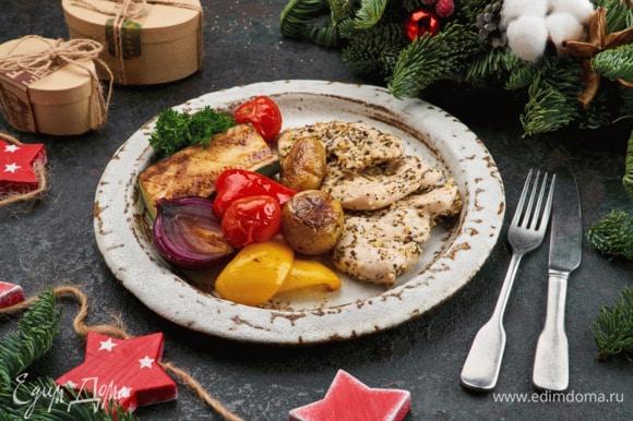 Подавайте к столу с запеченными овощами.