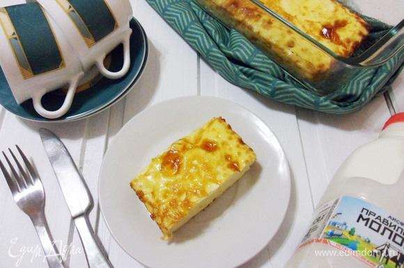Нарезать готовый омлет на порции. Приятного аппетита и детям и взрослым!