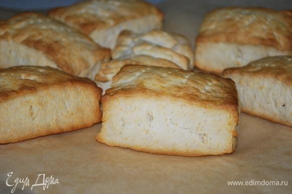Выпекайте печенье при 170°C примерно 12–14 минут, до готовности.