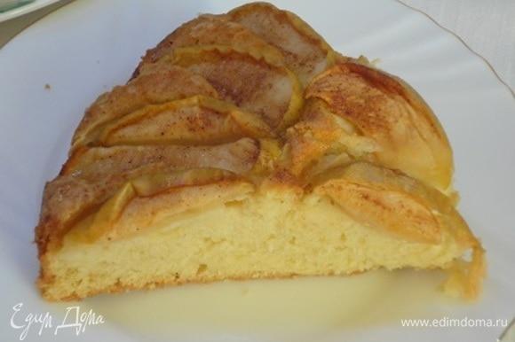 В сезон яблок пироги из них самые ароматные!