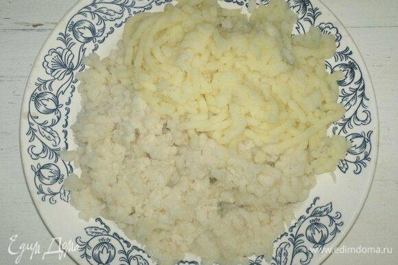 Заранее отварить картофель и цветную капусту, остудить, пюрировать удобным способом.