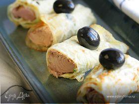 Быстрая омлетная закуска с маслинами и сардинами