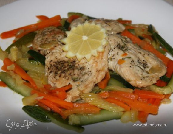 Весенняя индейка с овощной пиккатой