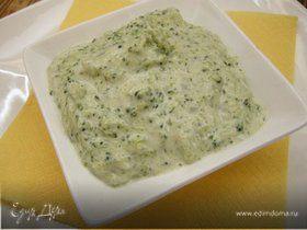 Соус из брокколи с голубым сыром