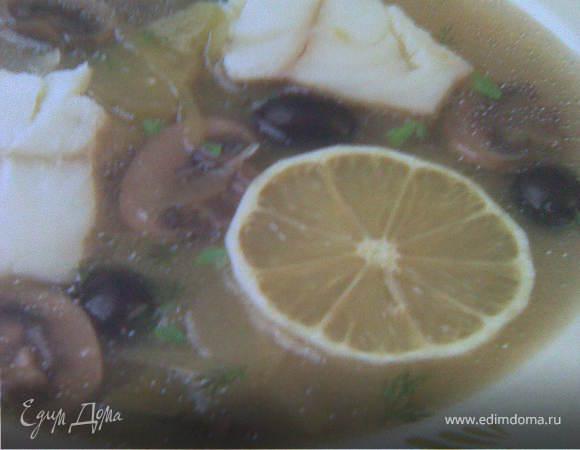 Рыбная солянка с грибами