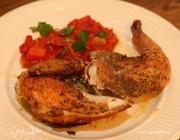 Цыпленок с соусом из помидоров и перца