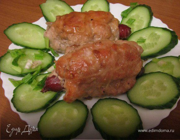 Копченые колбаски в свином тулупчике