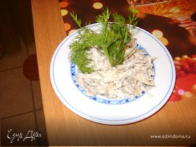 Салат- здоровье из капусты, ревня и сельдерея