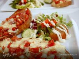 Тосты с помидорами и сыром
