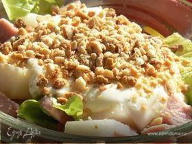 Салат с ветчиной и грушами