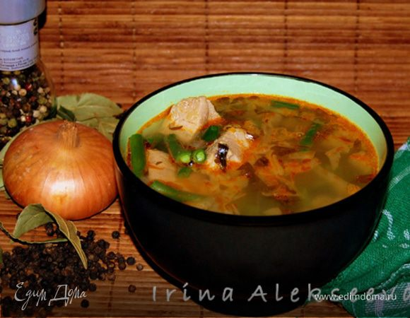 Суп из свинины со стручковой фасолью