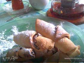 Печенье из сметанного теста с начинкой из кураги и чернослива