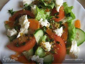 овощной салат с моццареллой