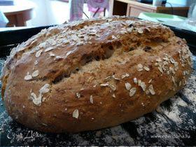 Овсяный хлеб с орехами и фруктами