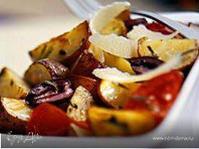 Картофель запечёный с помидорами и розмарином