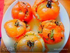 Пряные фаршированные помидоры