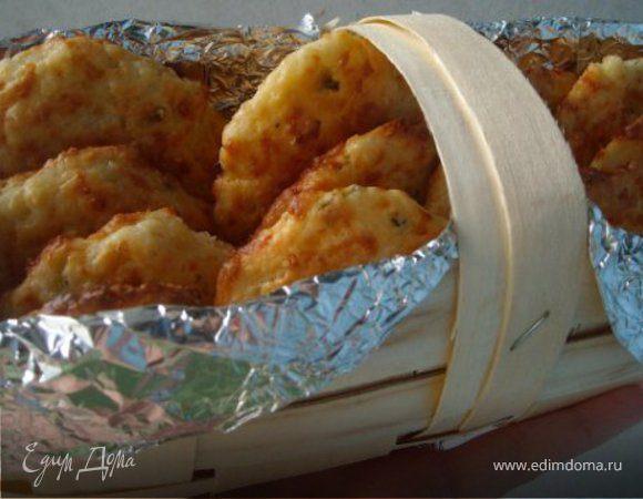 Печенье с зеленым луком и сыром