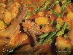 Баранина с овощами и стручковой фасолью.