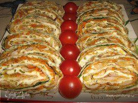 Рулет из лаваша с курицей,сыром и овощами