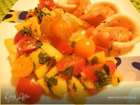 Морепродукты с сальсой из физалиса, манго и черри