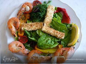 Салат с запечённым перцем, сыром фета и креветками