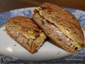 Горячий бутерброд с тунцом и сыром по-орегонски